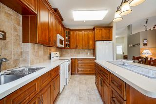 """Photo 6: 4 20750 TELEGRAPH Trail in Langley: Walnut Grove Townhouse for sale in """"Heritage Glen"""" : MLS®# R2563994"""