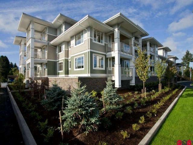 """Main Photo: 102 46262 FIRST Avenue in Chilliwack: Chilliwack E Young-Yale Condo for sale in """"The Summit"""" : MLS®# R2566438"""