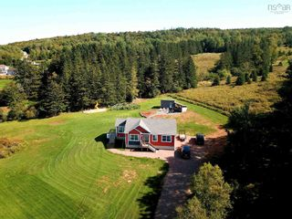 Photo 2: 163 Wilson Mountain Road in Murray Siding: 104-Truro/Bible Hill/Brookfield Residential for sale (Northern Region)  : MLS®# 202123320