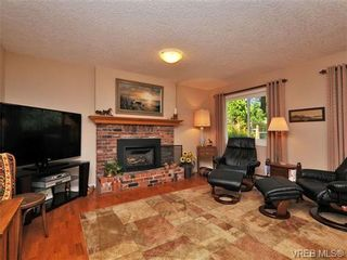 Photo 9: 4401 Robinwood Dr in VICTORIA: SE Gordon Head House for sale (Saanich East)  : MLS®# 676745