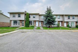 Photo 36: 77 123 Queensland Drive SE in Calgary: Queensland Row/Townhouse for sale : MLS®# A1145434