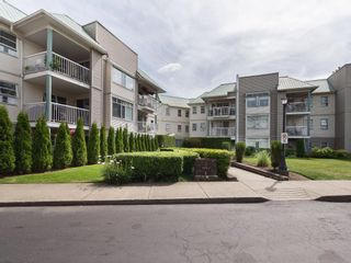 """Main Photo: 310 9763 140 Street in Surrey: Whalley Condo for sale in """"FRASER GATE"""" (North Surrey)  : MLS®# R2620452"""