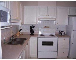 """Photo 4: 888 GAUTHIER Ave in Coquitlam: Coquitlam West Condo for sale in """"LA-BRITTANY"""" : MLS®# V637818"""