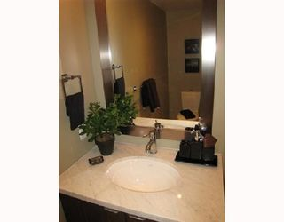 Photo 10: 703-160 West 3rd Street in North Vancouver: Lower Lonsdale Condo for sale : MLS®# V725790