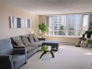 """Photo 4: 1003 6070 MCMURRAY Avenue in Burnaby: Forest Glen BS Condo for sale in """"La Mirage"""" (Burnaby South)  : MLS®# R2565266"""