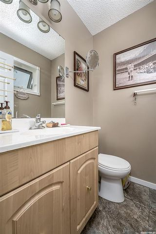 Photo 20: 25 Flax Road in Moose Jaw: VLA/Sunningdale Residential for sale : MLS®# SK873977