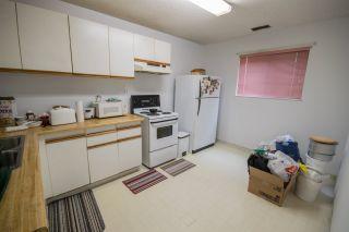 Photo 10: 5865 SPROTT Street in Burnaby: Central BN 1/2 Duplex for sale (Burnaby North)  : MLS®# R2160305