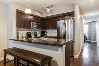 """Photo 7: 3 12065 228 Street in Maple Ridge: East Central Townhouse for sale in """"RIO"""" : MLS®# R2117718"""