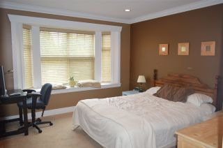 Photo 12: 609 W 24TH Close in North Vancouver: Hamilton House for sale : MLS®# R2044403
