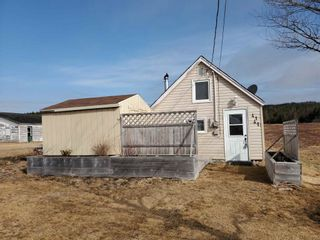 Photo 1: 4141 Highway 209 in Advocate: 102S-South Of Hwy 104, Parrsboro and area Residential for sale (Northern Region)  : MLS®# 202105946