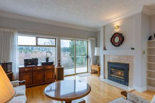 Photo 3: 29 4318 Emily Carr Dr in : SE Broadmead Row/Townhouse for sale (Saanich East)  : MLS®# 871030