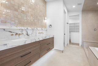 Photo 18: 95 VALLEYVIEW Crescent in Edmonton: Zone 10 House for sale : MLS®# E4265222