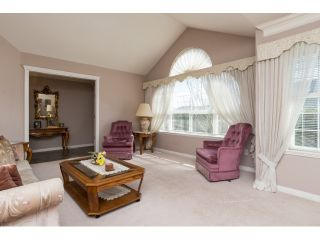Photo 3: 6509 188TH STREET in Surrey: Cloverdale BC House for sale (Cloverdale)  : MLS®# R2053566