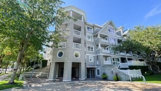 """Photo 4: 323 5900 DOVER Crescent in Richmond: Riverdale RI Condo for sale in """"The Hamptons"""" : MLS®# R2616409"""