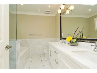 """Photo 7: 3293 E 18TH Avenue in Vancouver: Renfrew Heights House for sale in """"RENFREW HEIGHTS"""" (Vancouver East)  : MLS®# V973611"""
