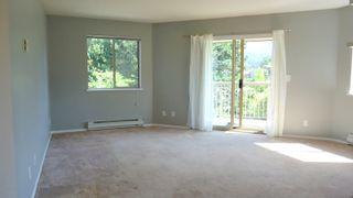 """Photo 7: E203 40180 WILLOW Crescent in Squamish: Garibaldi Estates Condo for sale in """"Diamond Head Place"""" : MLS®# R2075103"""