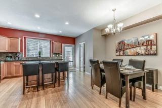 """Photo 6: 18068 70 Avenue in Surrey: Cloverdale BC Condo for sale in """"Provinceton"""" (Cloverdale)  : MLS®# R2186482"""