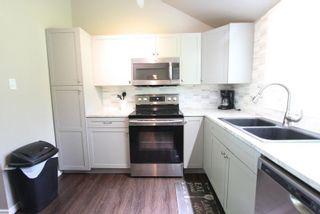 Photo 9: 14 Rockside Lane in Kawartha Lakes: Rural Carden House (1 1/2 Storey) for sale : MLS®# X4815972