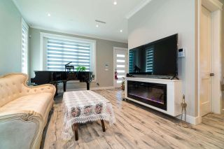 Photo 8: 5474 DUNDEE Street in Vancouver: Collingwood VE 1/2 Duplex for sale (Vancouver East)  : MLS®# R2587238