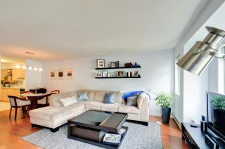 """Photo 11: 405 6735 STATION HILL Court in Burnaby: South Slope Condo for sale in """"THE COURTYARDS"""" (Burnaby South)  : MLS®# R2149958"""