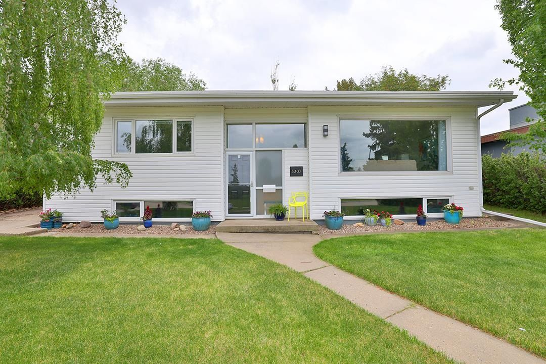 Main Photo: 5207 109A Avenue NW in Edmonton: Zone 19 House for sale : MLS®# E4248845