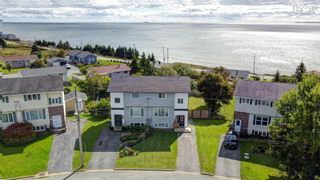 Photo 2: 19 Cannon Crescent in Eastern Passage: 11-Dartmouth Woodside, Eastern Passage, Cow Bay Residential for sale (Halifax-Dartmouth)  : MLS®# 202125391