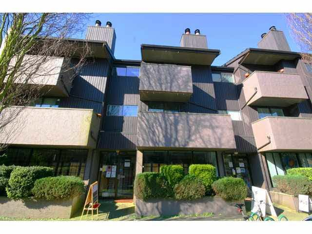 Main Photo: 105 3255 Heather Street in Vancouver: Cambie Condo for sale (Vancouver West)  : MLS®# V935832