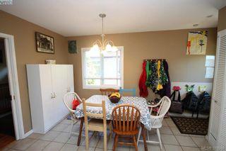 Photo 8: 2432 Richmond Rd in VICTORIA: Vi Jubilee Half Duplex for sale (Victoria)  : MLS®# 761847