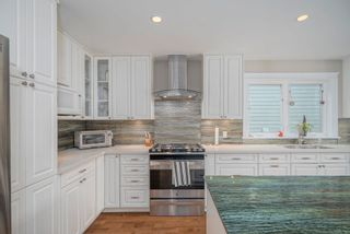 Photo 4: 1149 RONAYNE Road in North Vancouver: Lynn Valley House for sale : MLS®# R2617535
