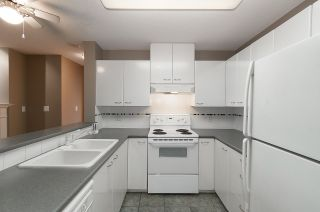 """Photo 4: 405 4425 HALIFAX Street in Burnaby: Brentwood Park Condo for sale in """"POLARIS"""" (Burnaby North)  : MLS®# R2120218"""