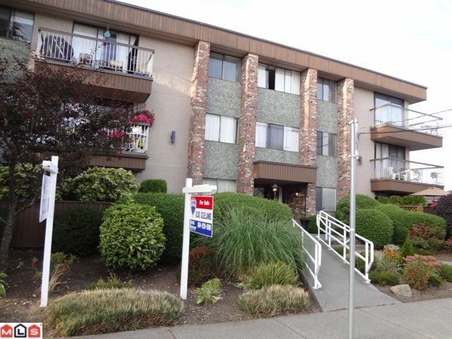 "Main Photo: # 304 15369 THRIFT AV: White Rock Condo for sale in ""Anthea Manor"" (South Surrey White Rock)  : MLS®# F1300082"