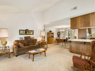 Photo 9: House for sale : 4 bedrooms : 2704 Crownpoint Place in Escondido