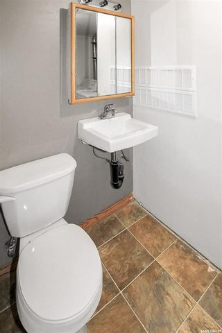 Photo 9: 1014 Sidney Street East in Swift Current: North East Residential for sale : MLS®# SK850671