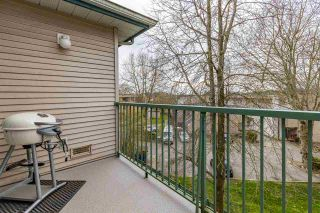 """Photo 5: 311 5955 177B Street in Surrey: Cloverdale BC Condo for sale in """"Windsor Place"""" (Cloverdale)  : MLS®# R2566962"""