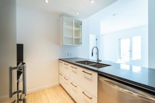 """Photo 16: PH9 955 E HASTINGS Street in Vancouver: Strathcona Condo for sale in """"Strathcona Village"""" (Vancouver East)  : MLS®# R2617989"""