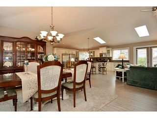 """Photo 3: 13502 14A Avenue in Surrey: Crescent Bch Ocean Pk. House for sale in """"Ocean Park"""" (South Surrey White Rock)  : MLS®# F1432192"""