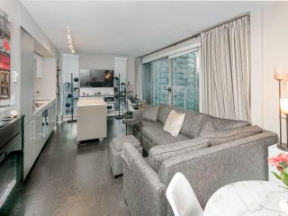 Photo 5: 1502 999 SEYMOUR STREET in Vancouver: Downtown VW Condo for sale (Vancouver West)  : MLS®# R2438685