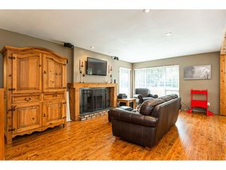 Photo 7: 4976 198 Street in Langley: Langley City House for sale : MLS®# R2506557