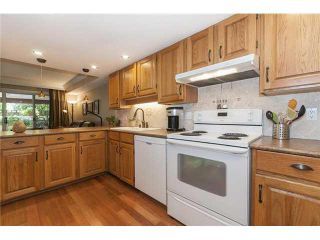 """Photo 5: 11 3980 CANADA Way in Burnaby: Burnaby Hospital Townhouse for sale in """"LODGES AT CADCADE VILLAGE"""" (Burnaby South)  : MLS®# V1131083"""