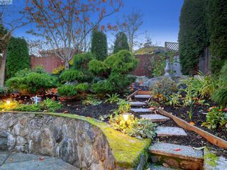 Photo 34: 6437 Fox Glove Terr in VICTORIA: CS Tanner House for sale (Central Saanich)  : MLS®# 801370