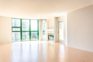"""Photo 3: 905 1199 EASTWOOD Street in Coquitlam: North Coquitlam Condo for sale in """"Selkirk"""" : MLS®# R2091861"""