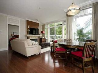 Photo 1: 407 2628 YEW Street in Vancouver West: Home for sale : MLS®# V1009996