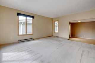 Photo 9: 3603 Chippendale Drive NW in Calgary: Charleswood Detached for sale : MLS®# A1103139