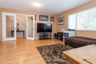 Photo 4: 18185 64 ave in Surrey: Cloverdale BC House for sale (Cloverdale)  : MLS®# R2064928