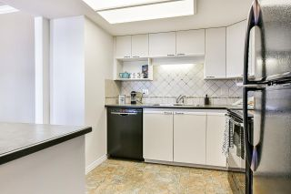"""Photo 9: 1506 1135 QUAYSIDE Drive in New Westminster: Quay Condo for sale in """"ANCHOR POINTE"""" : MLS®# R2565608"""