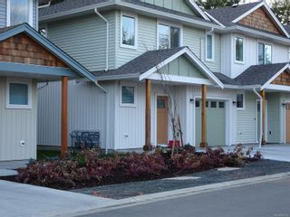 Photo 2: 25 2109 13th St in : CV Courtenay City Row/Townhouse for sale (Comox Valley)  : MLS®# 862274