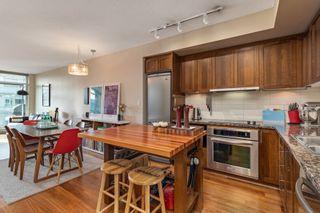 "Main Photo: 708 2228 W BROADWAY Avenue in Vancouver: Kitsilano Condo for sale in ""The Vine"" (Vancouver West)  : MLS®# R2536938"
