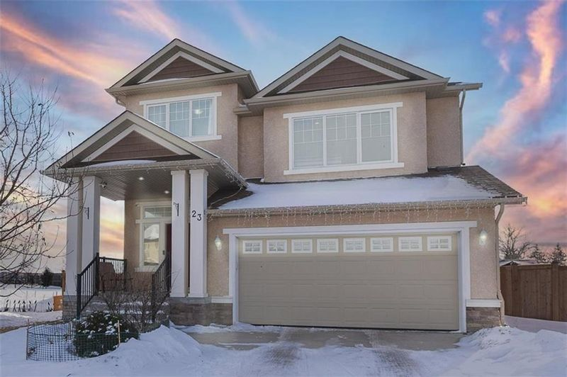 FEATURED LISTING: 23 Copperfield Bay Winnipeg