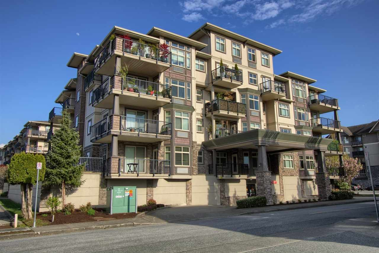 """Main Photo: 402 9060 BIRCH Street in Chilliwack: Chilliwack W Young-Well Condo for sale in """"THE ASPEN GROVE"""" : MLS®# R2576965"""