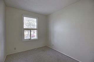 Photo 12: 451 Lysander Drive SE in Calgary: Ogden Detached for sale : MLS®# A1053955